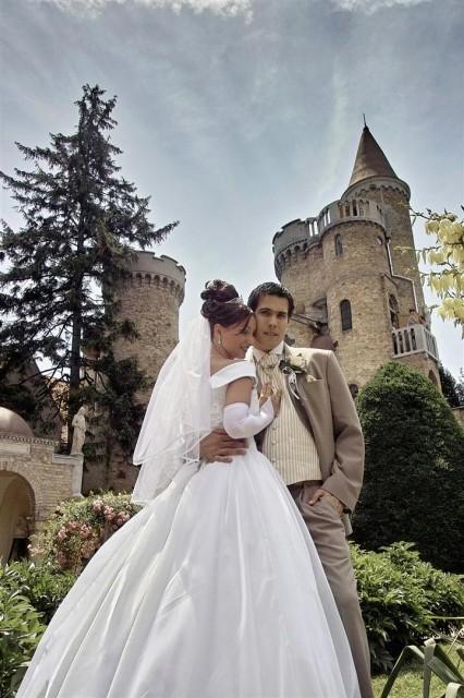 Bory-vár esküvő