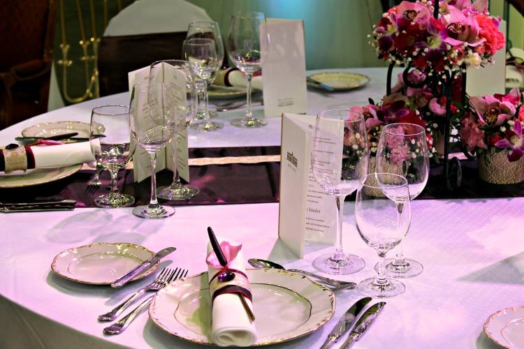Hotel Gellért esküvői asztal dekoráció