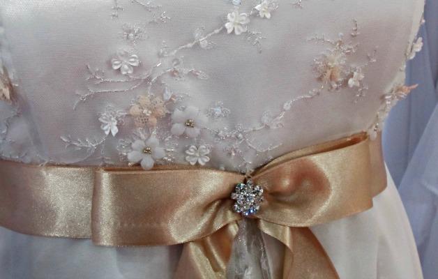 Empire esküvői ruha -ha kicsi a mellbőséged