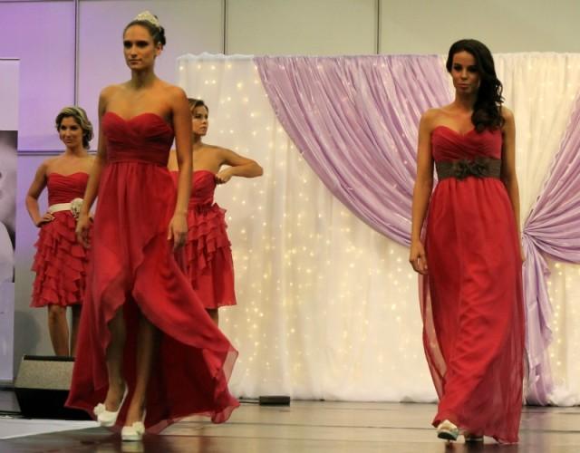 pink koszorúslány ruha