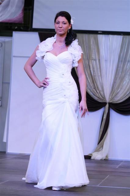 Hableány típusú esküvői ruha