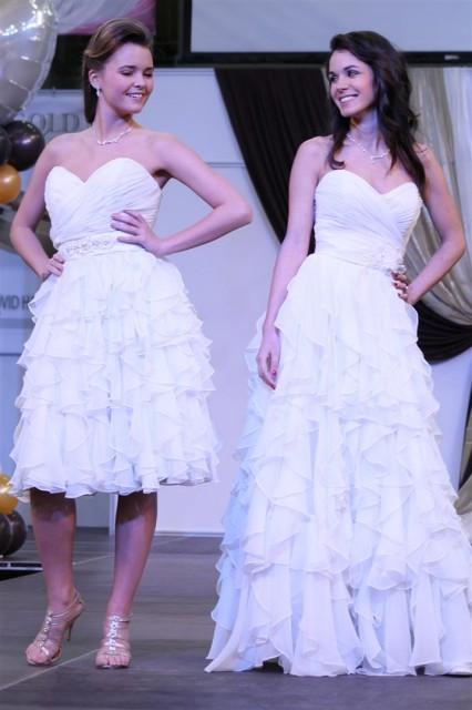 Kis fehér ruha és nagytestvére