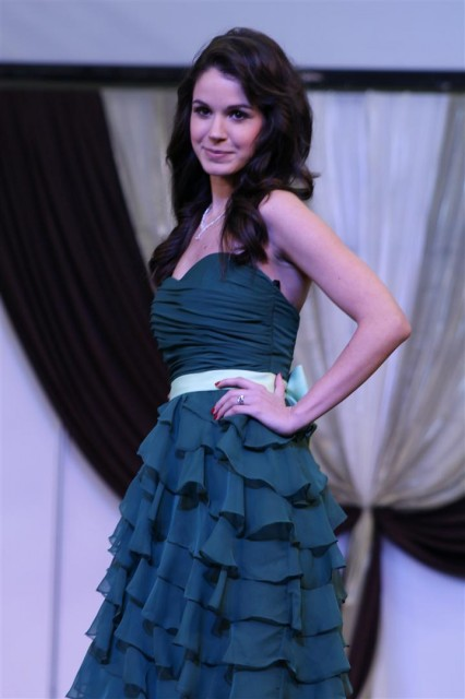 Olajkék-zöld-szürke koszorúslány ruha